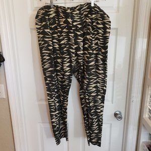 Tribal Printed Pants Size 18 (will fit 3x +)